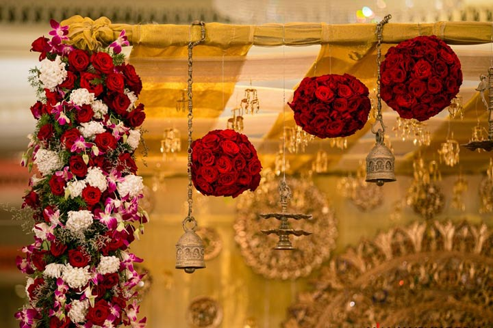 Dream Wedding Stage Decoration With Flowers