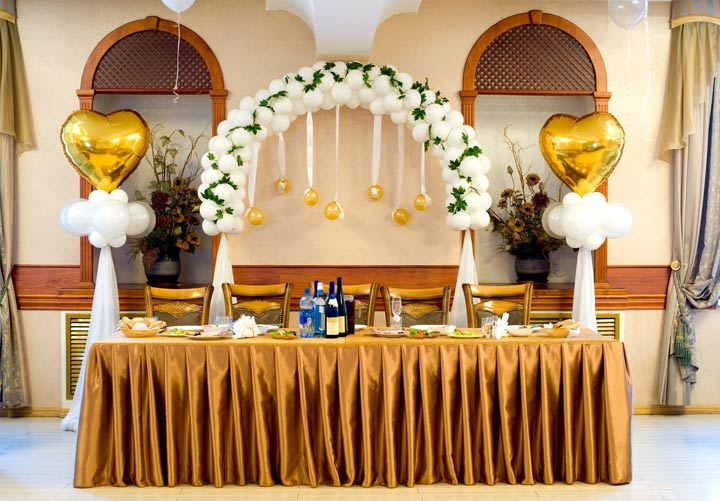 6 wedding balloon decoration ideas you can t miss for Balloon decoration ideas for weddings