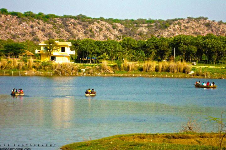 Honeymoon Places in North India - Manesar Damdama Lake