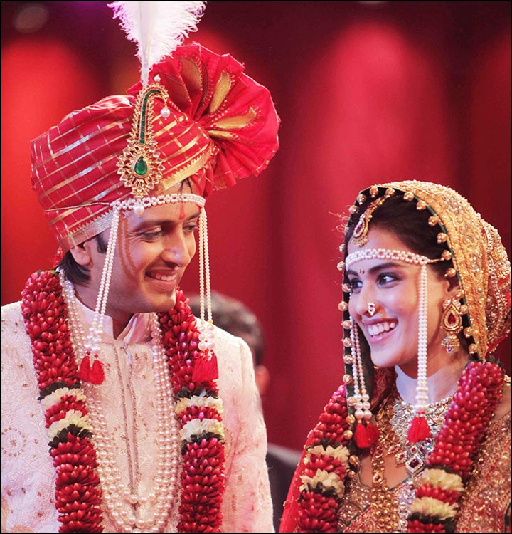 Genelia - Ritesh Deshmukh Marriage - traditional Maharashtrian wedding