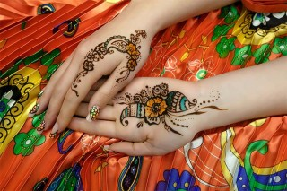 Mehndi Quotes For Him : Romantic love poems for him that strike the right chord