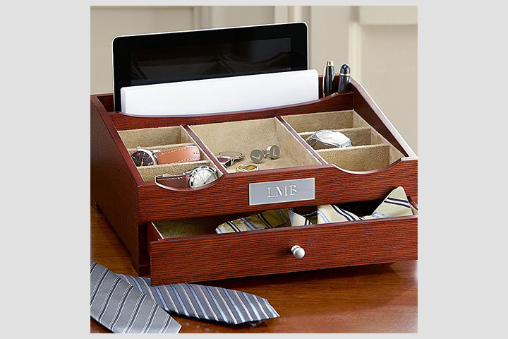 wedding-gifts-for-men-wood-valet