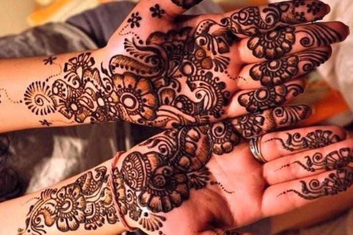 Floral Half-Hand Mehndi Design By Asha Savla