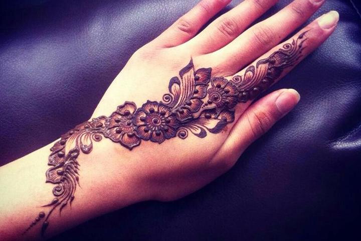 Simple Arabic Mehndi Designs For Beginners - Floral Vine