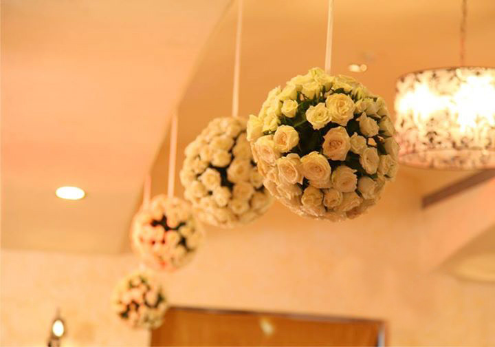 10 awesome budget wedding hall decoration ideas wedding hall decoration 1 flower decoration junglespirit Images