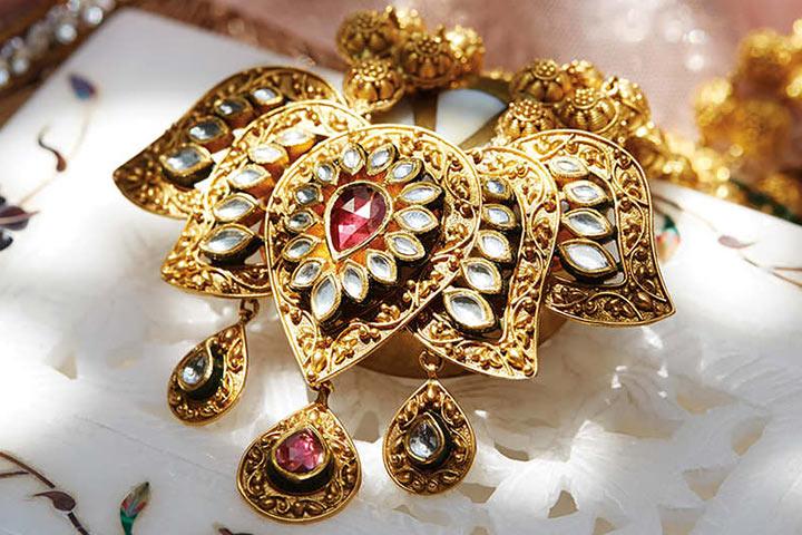 Tanishq Wedding Jewellery - Kundan Lotus Motif With Ruby Centrepiece