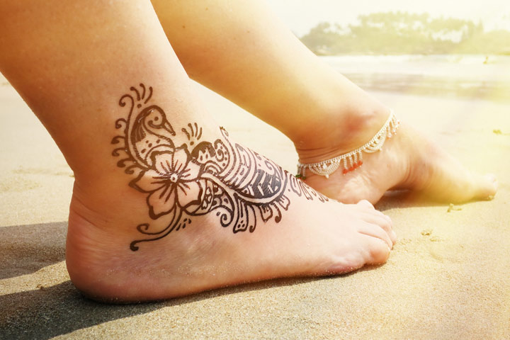 Mehndi Legs Images : 10 striking arabic mehndi designs for legs and feet!