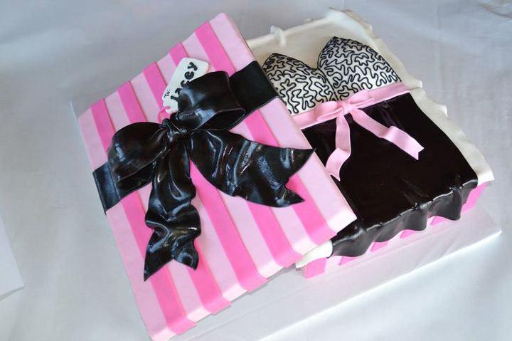 la lingerie bridal shower cake
