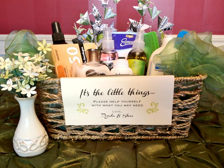 10 saucy bridal shower gifts ideas for bachelorette party for Great wedding shower gifts