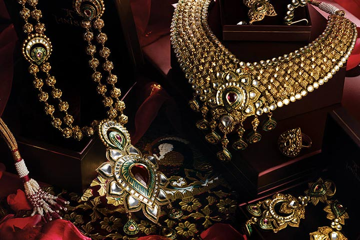 Tanishq Wedding Jewellery - Stylized Kundan For Punjabi Trousseau