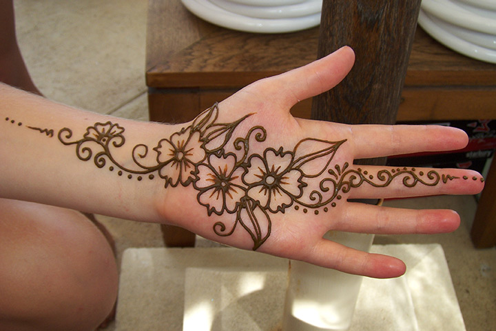 The Trail Design - Mehndi Design For Groom