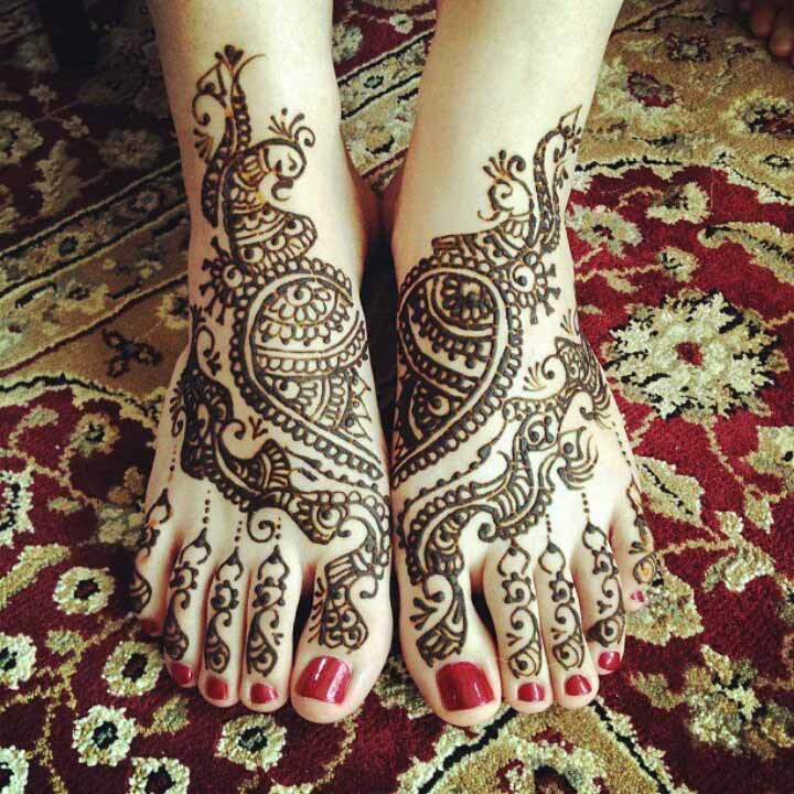 Bridal Foot Mehndi Designs Unforgettable Collection : Peacock mehndi designs that ll surely make you hawt