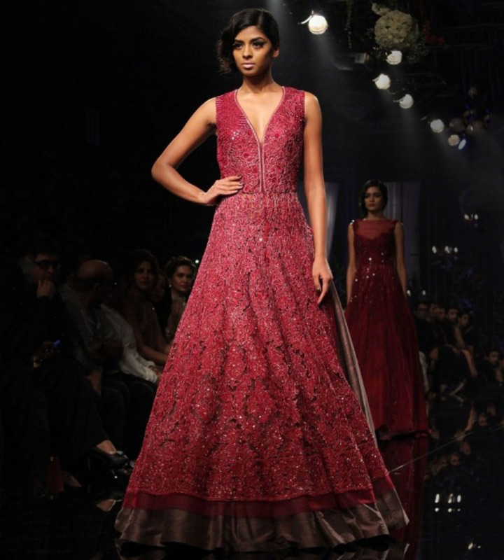 20 Indian Engagement Dresses That Will Steal Your Heart