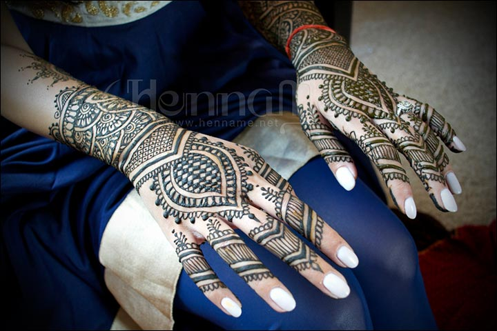 A Traditional Arabic Bridal Mehndi Design for Hands