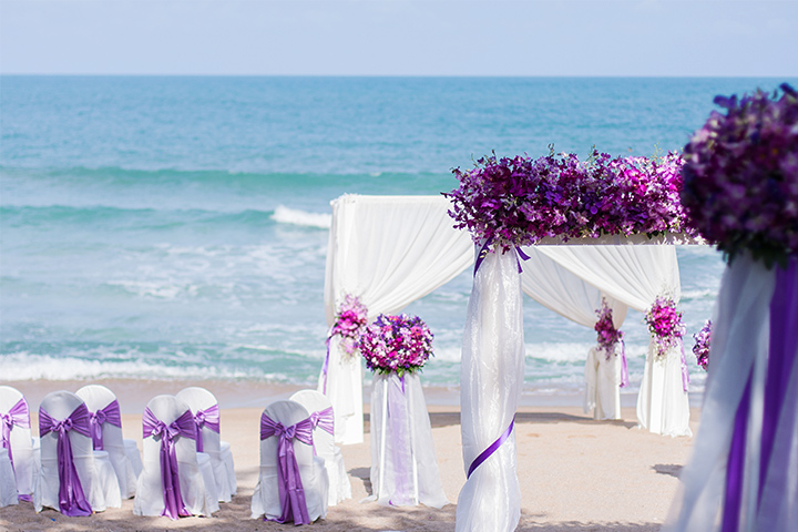 COlorful-wedding-setup