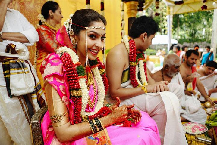 4 Golden Requisites Of Marathi Bridal Makeup To Tick Off