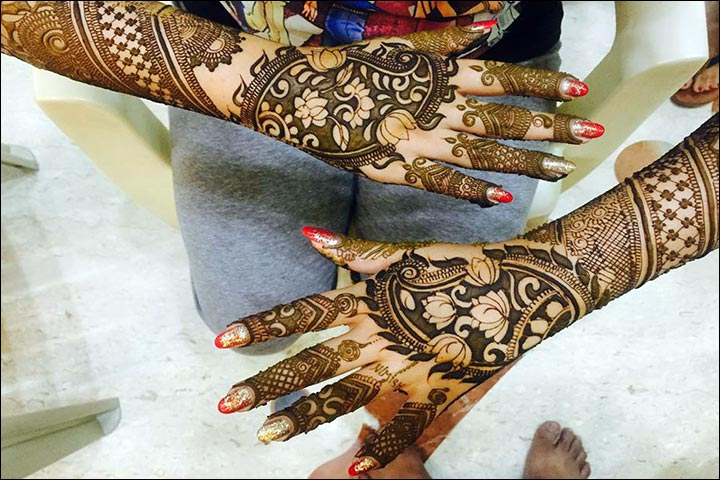 Floral Arabic Bridal Mehndi Designs For Hands
