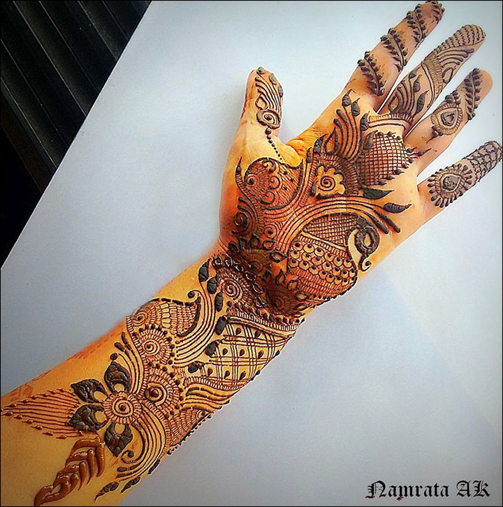 Floral And Keri Pattern Arabic Bridal Mehndi Design for Hands
