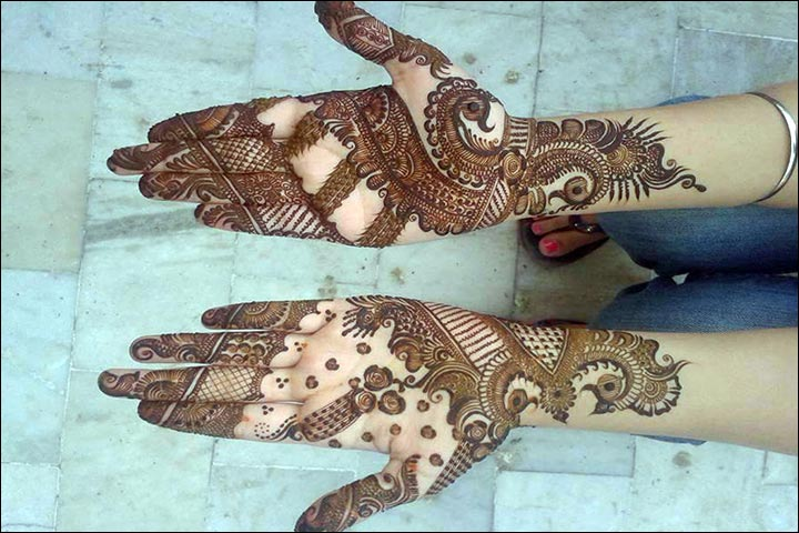 The Grand Peacock Crown Arabic Bridal Mehndi Design for Hands