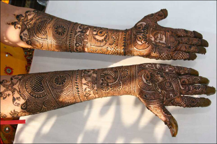 Latest Mehndi Designs - Rajasthani Bridal Design