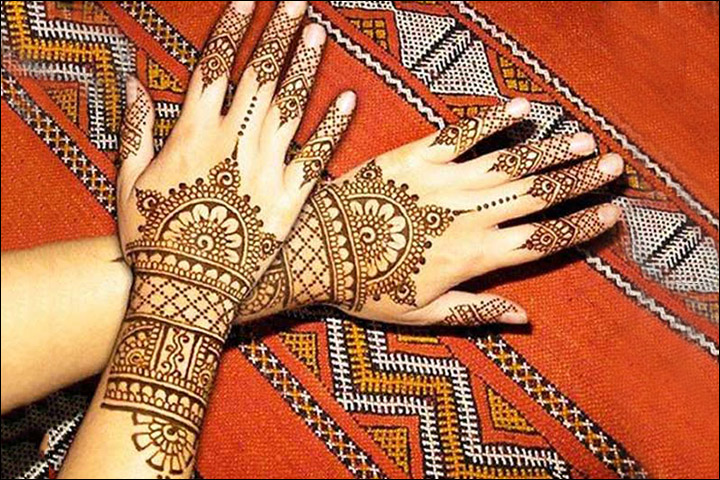 Leaf-Pattern mehndi design for wedding
