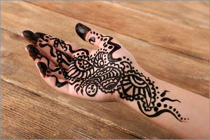 Middle Eastern Themed Mehndi Style