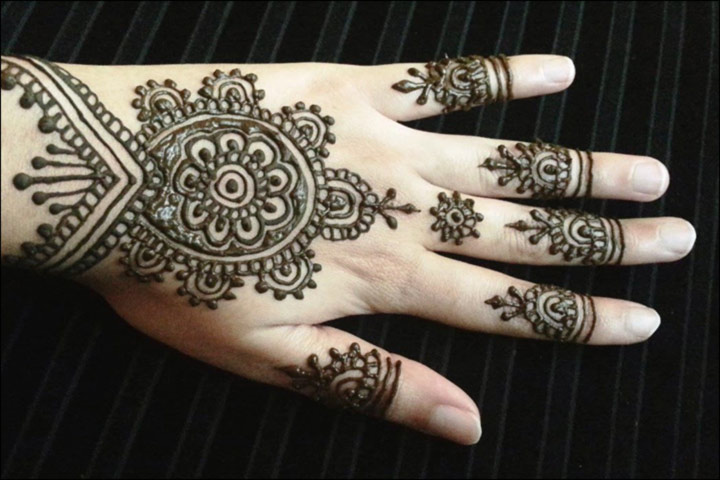 Latest Mehndi Designs - Popular Floral Bracelet Back Hand Design