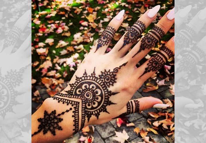 Floral Kashmiri Mehndi Designs