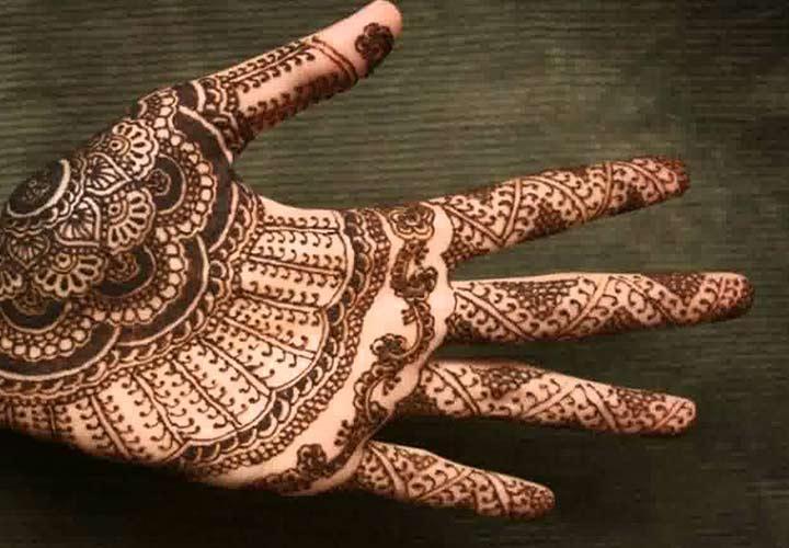 Intricate Kashmiri Mehndi Designs