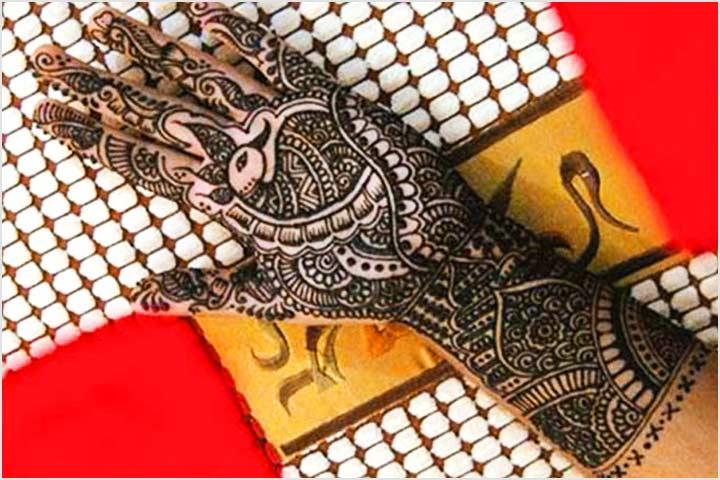 Peacock Delight - Khafif Mehndi Design