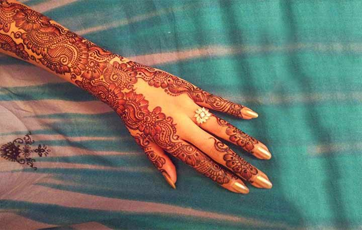 Mehndi Hands Poetry : Mehndi ka boota somewhere in time urdu poetry youtube