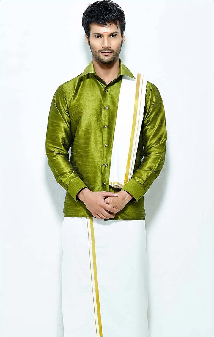 Dhoti-and-shirt-for-kerala-groom