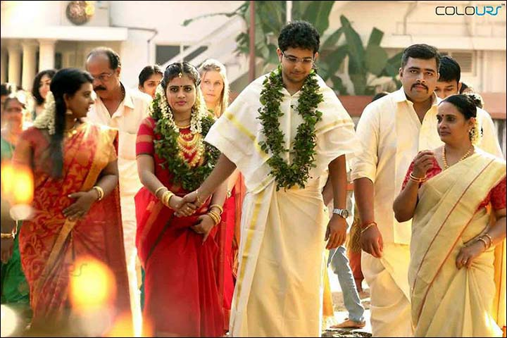 kerala wedding groom in dhoti