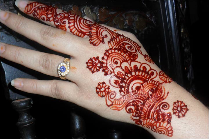 Mehndi Designs For Hands Red : Latest red and black mehndi designs for you