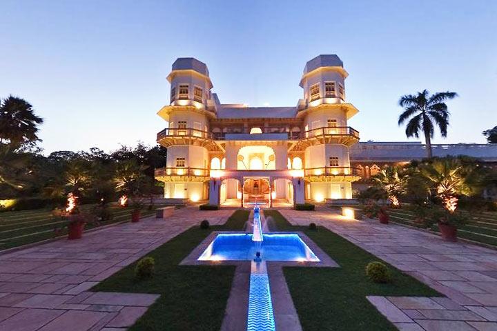 Usha Kiran Palace - Destination Wedding Near Delhi