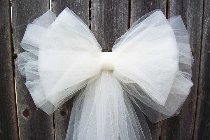 6 ideas for gorgeous tulle wedding decorations tulle bows tulle wedding decorations junglespirit Choice Image