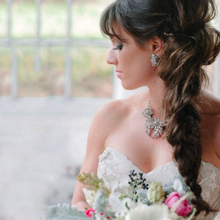 Fine The Bridal Hairstyle For Round Face Beauties 7 Hairdos Hairstyles For Women Draintrainus