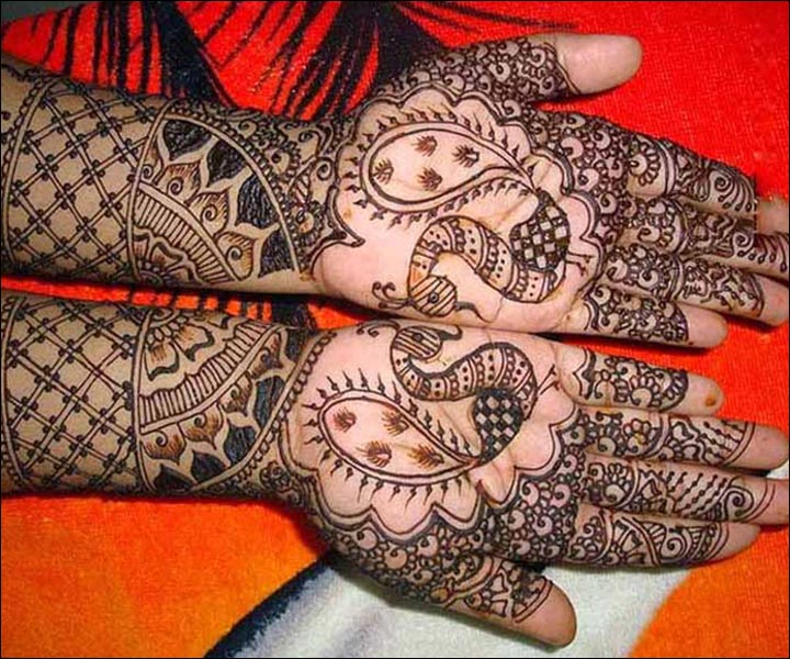 Latest Mehndi Designs - Palm Peacock