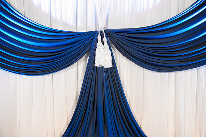 7 royal blue wedding decorations for a truly regal look the royal blue wedding backdrop junglespirit Choice Image