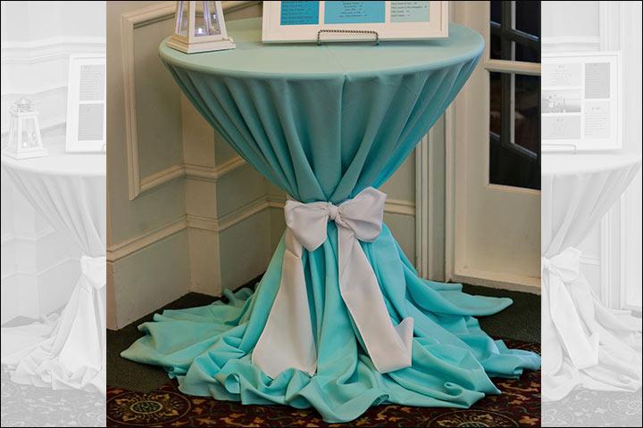 teal-tablecloth