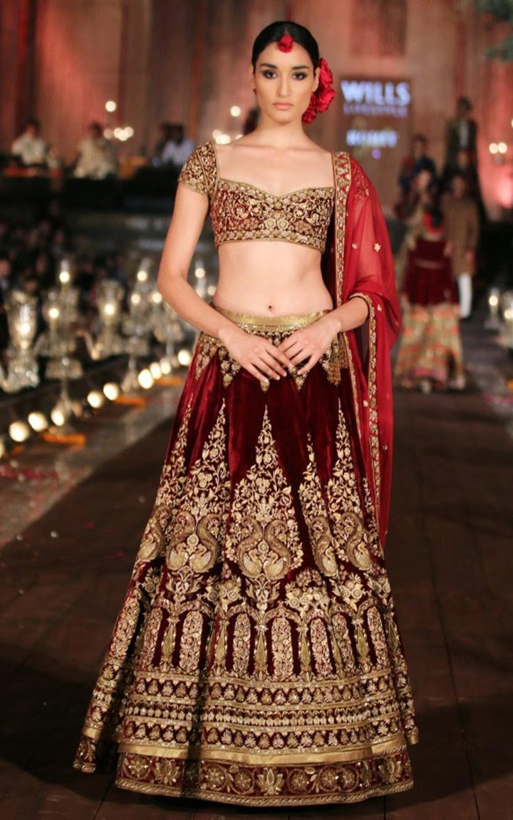 Red-Velvet-Bollywood-Bridal-Profile