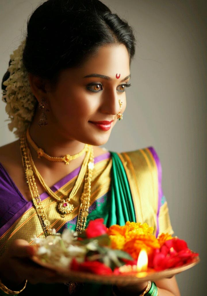 Marathi Bridal Hairstyle : Maharashtrian bridal makeup which gets only hotter on a summer bride