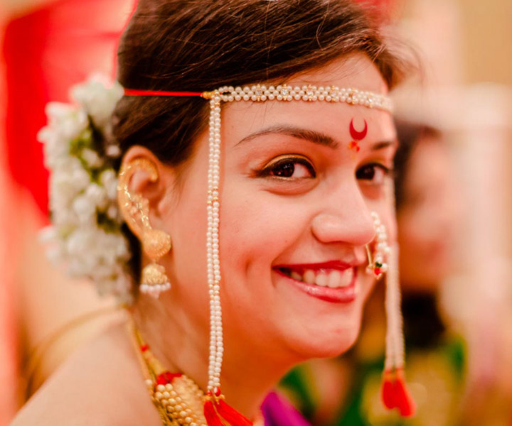 Easy Bridal Makeup Steps : Maharashtrian Bridal Makeup:Get The Perfect Look In 10 ...