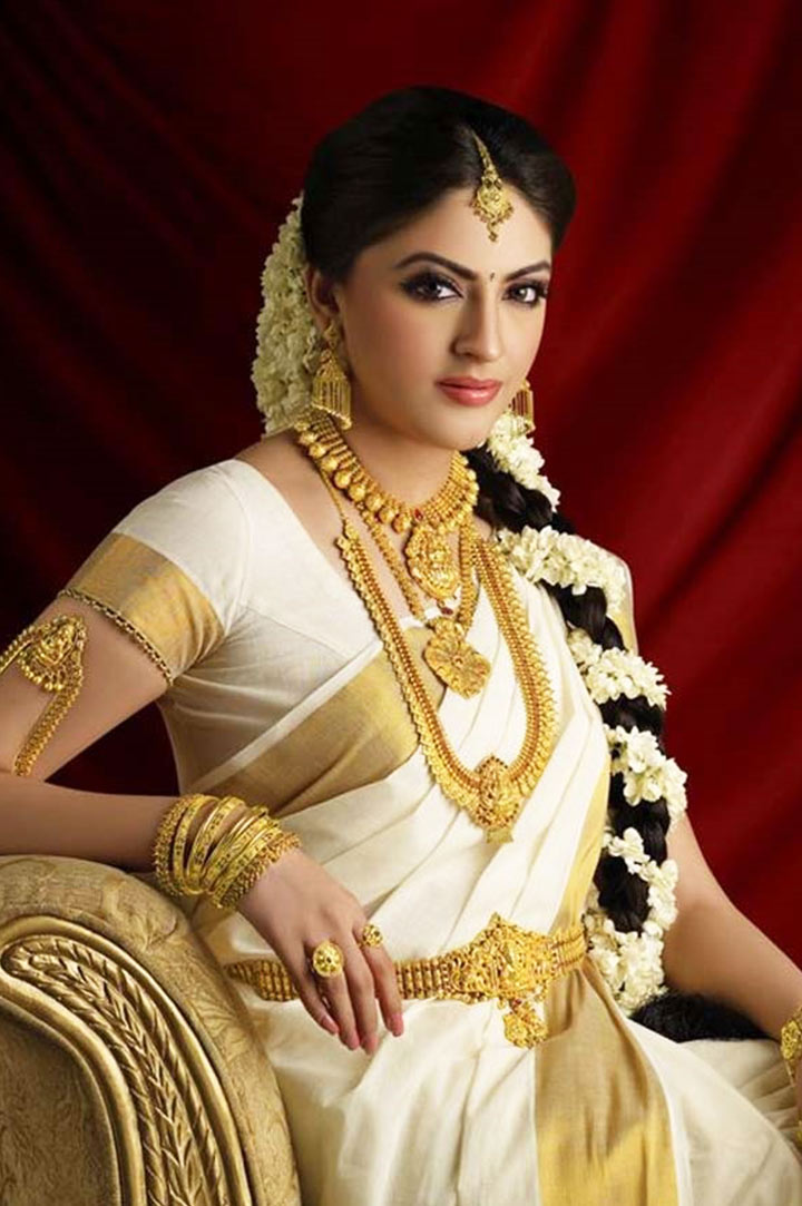 How To Do Bridal Makeup Base : South Indian Bridal Makeup: 30 Bridal Makeup Ideas ...