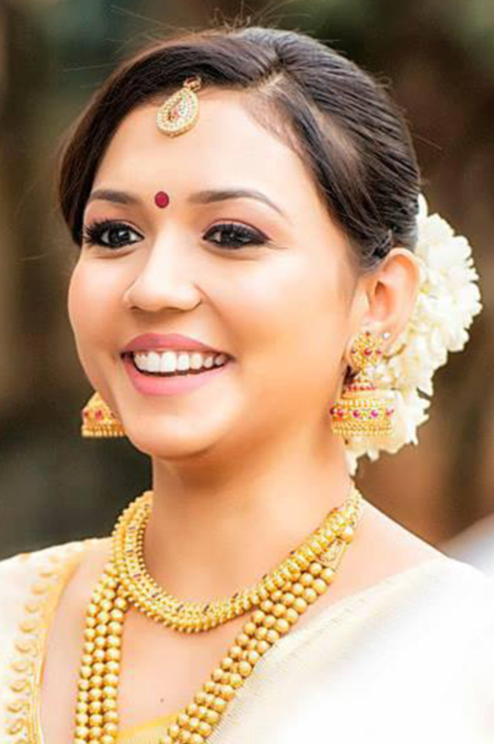 South Indian Bridal MakeUp For The Classic South Indian Bridal