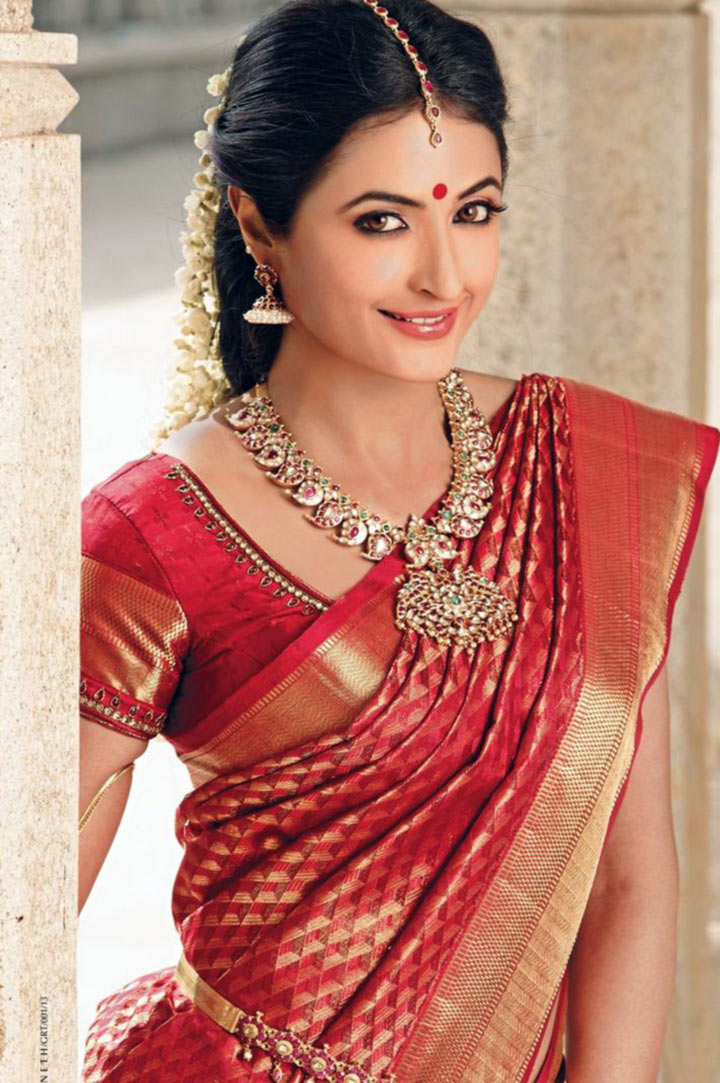 South indian bridal makeup 30 bridal makeup ideas for Traditional photos
