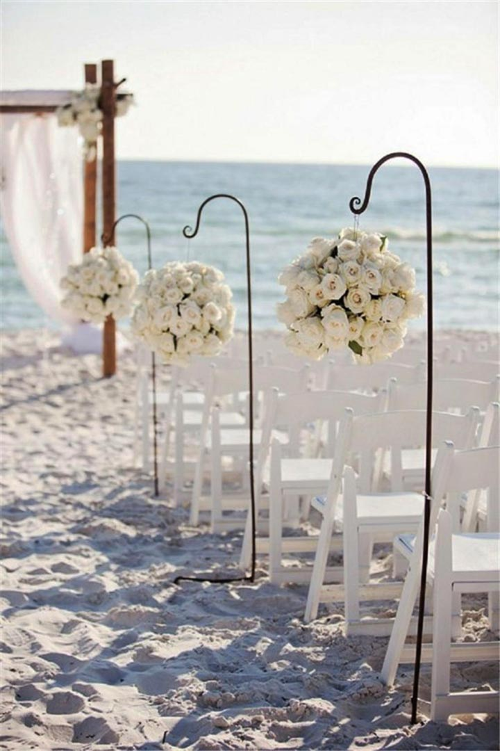 Roses-To-Guide-&-Hooks-To-Hold-for-aisle-decoration