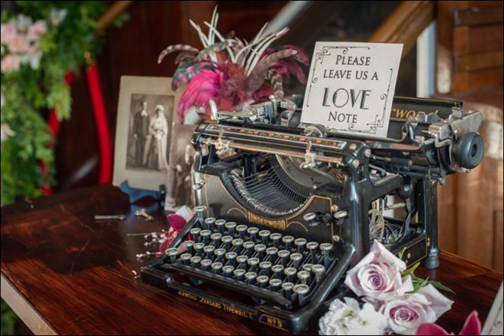 Type-In-Your-Good-Wishes-wedding-decoration