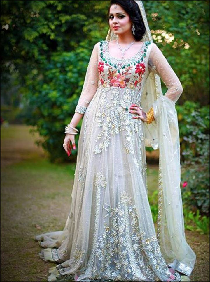 Muslim Wedding Dresses For Bride In : Muslim bridal dresses the white floral dupatta design