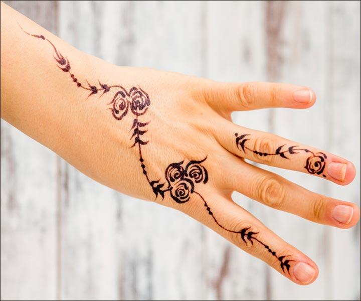Mehndi Designs For Fingers - Blooming Roses Design